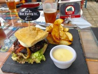 Beer, veggie burger, Border run, Costa Rica, Nicaragua, Leon, chocolate, San Jose