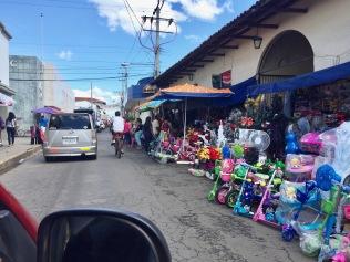 Leon, Nicaragua, sidewalks, street vendors